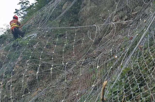 贵州山体防护网案例
